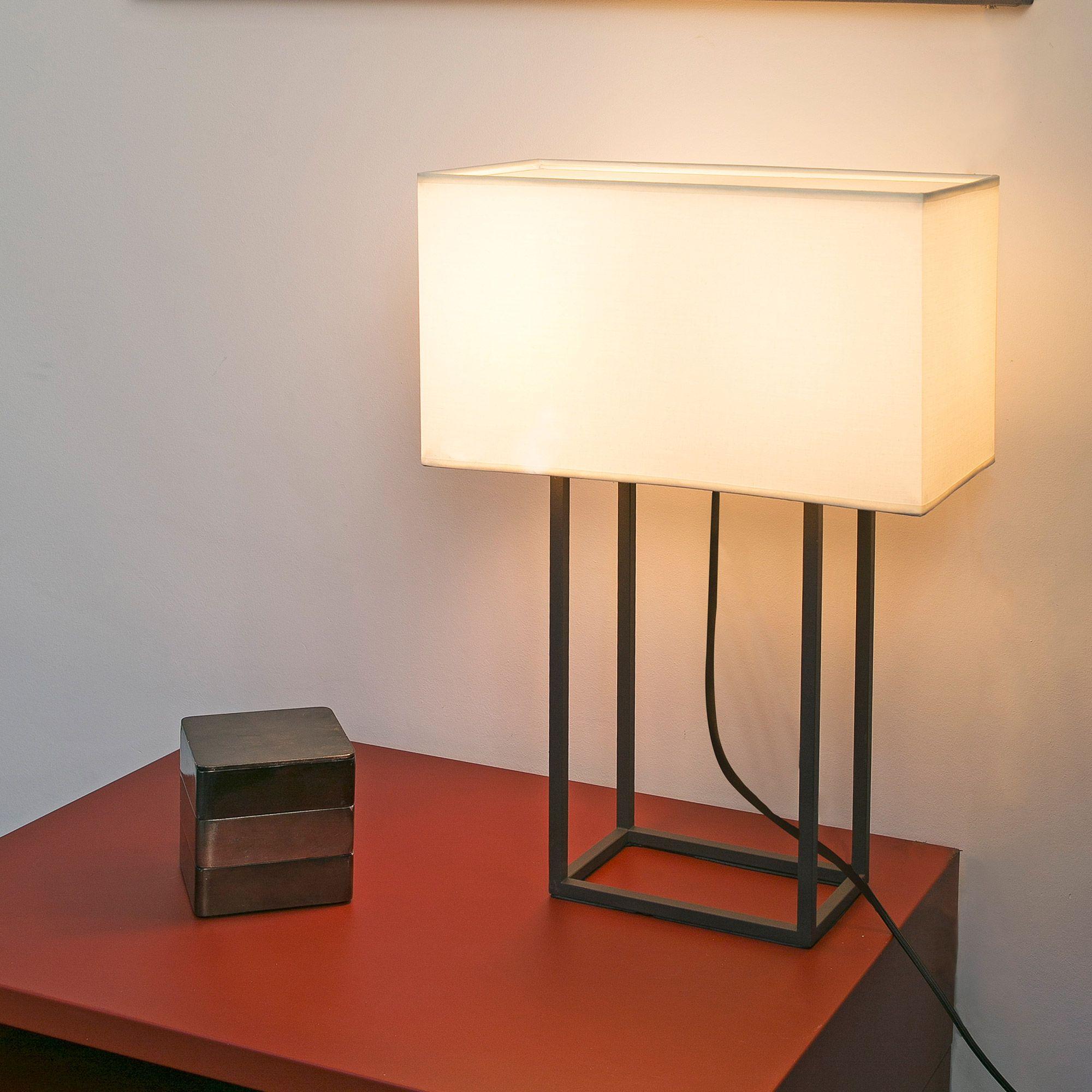Lampe  poser 2 lumi¨res en métal avec abat jour en tissu Vesper