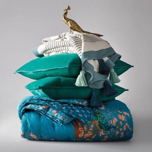 Velvet Tufted Stitch Quilt Opalhouse™ Peacock quilt