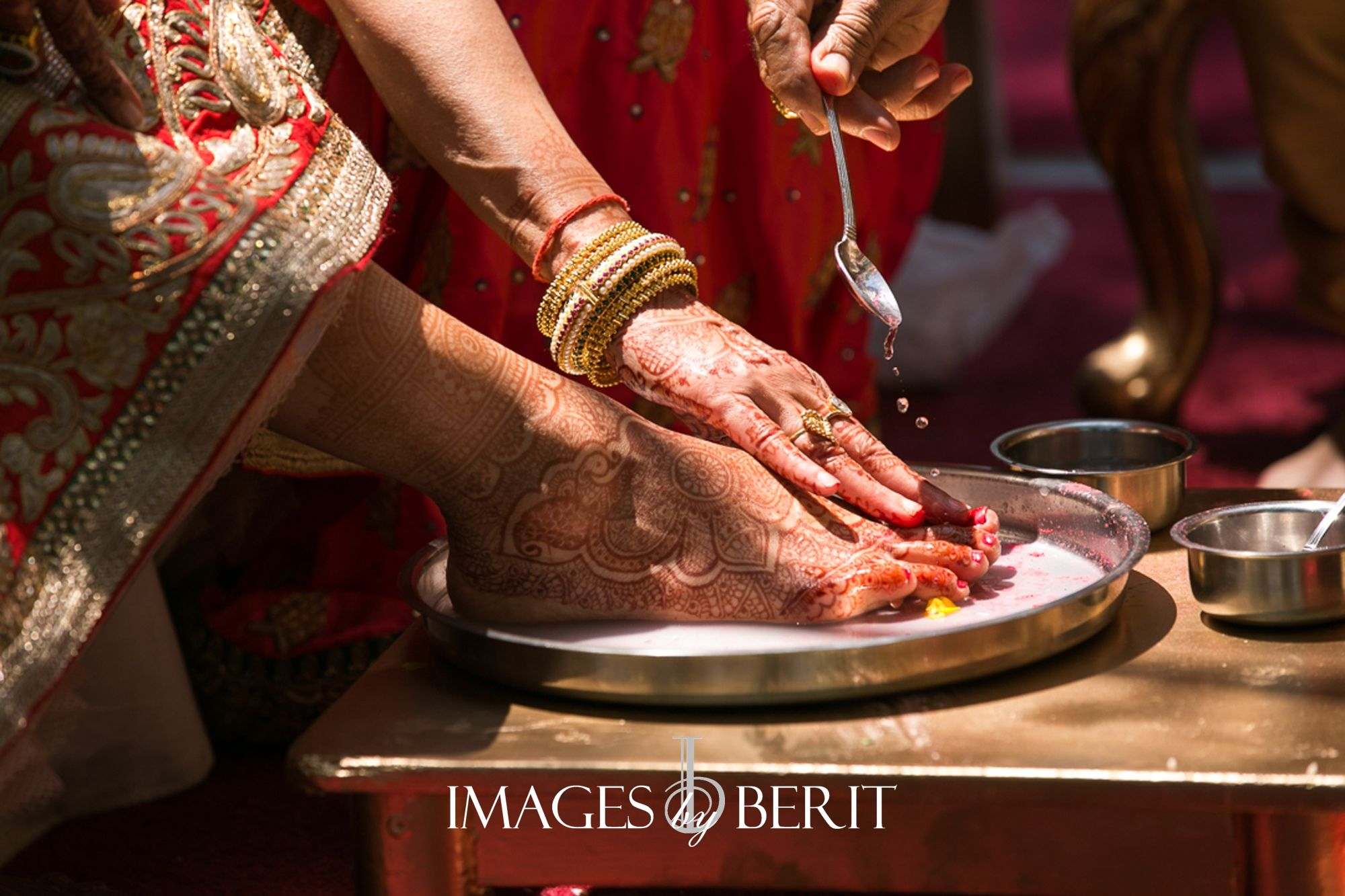 indian wedding photography design%0A Indian Wedding at Pleasantdale Chateau   Photography by Berit Bizjak of  Images by Berit   NJ