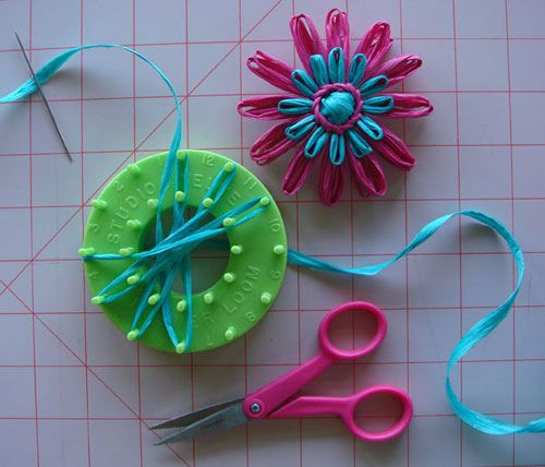 Knitting Loom Flower Tutorial : Flower loom tutorial heres how to make a basic
