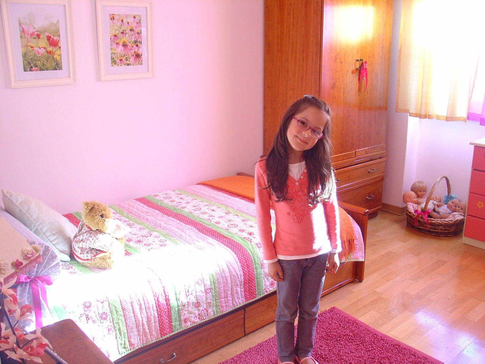 Resultado de imagem para simple girl room | NUA - Quarto ... for Simple Room Decoration For Teenagers  150ifm