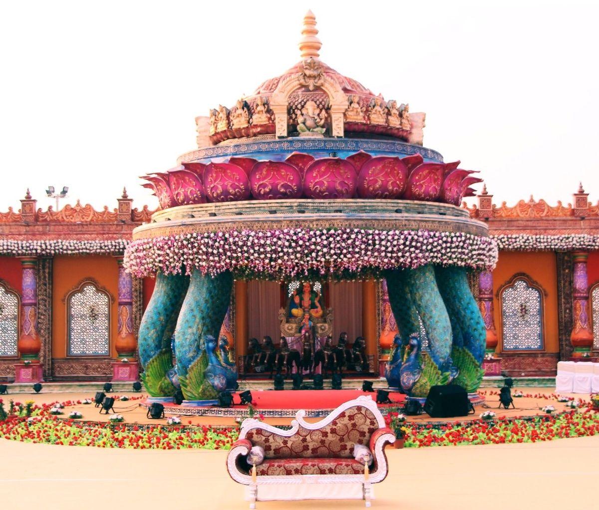 Hindu wedding decoration ideas  Indian Wedding Ideas u inspiration  Decor and Tags