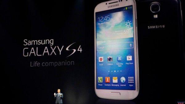 Download Full HD Samsung Galaxy S4 Black & White Wallpaper