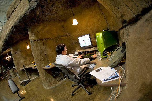 Inventionland desk