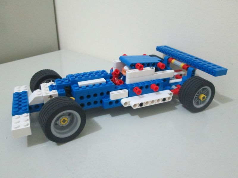 Formula 1 (LEGO Education 9686 - Simple & Powered Machines ...