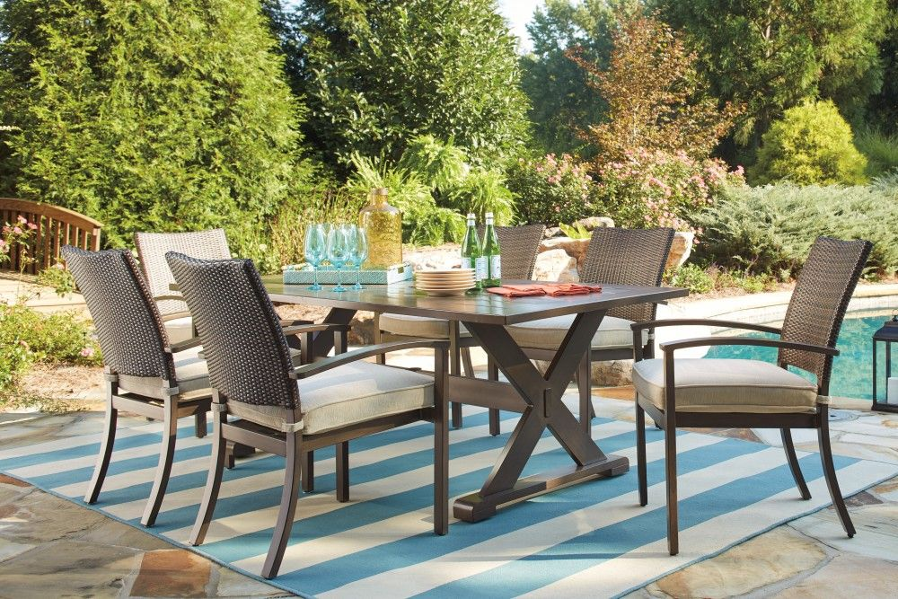 Moresdale Brown Rect Dining Table W Umb Opt Outdoor Dining