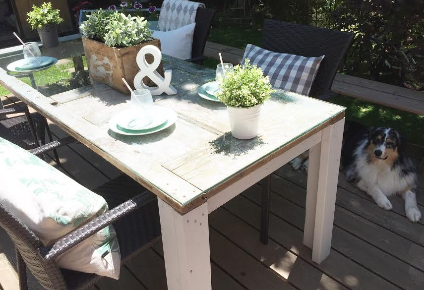DIY Vintage Door Patio Table