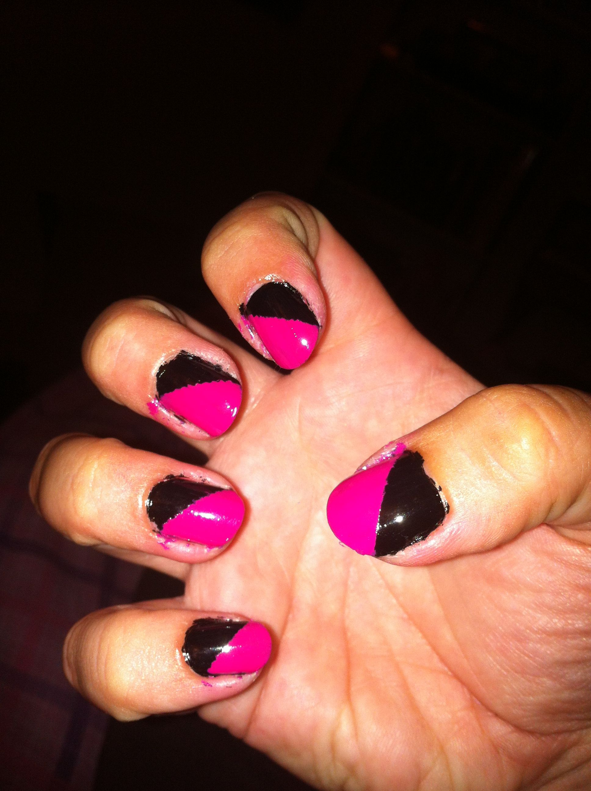 Pink and Black nails!