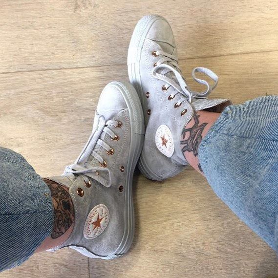 9fe23295ea21 RG  Keera Harriman She knows her exclusives! Feat Converse All Star Hi in ash  grey rose gold. Shop them straight from our bio. ☝  exclusives  doubletap    ...
