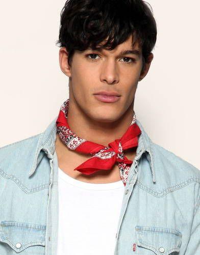 bandana around neck men | style in 2019 | Bandana outfit