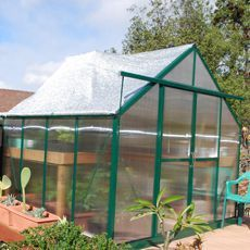 Grandio Ascent In California That Shade Net Is Doing A Great Job At Cooling Off The Greenhouse Greenhouse Hobby Greenhouse Innovation Design