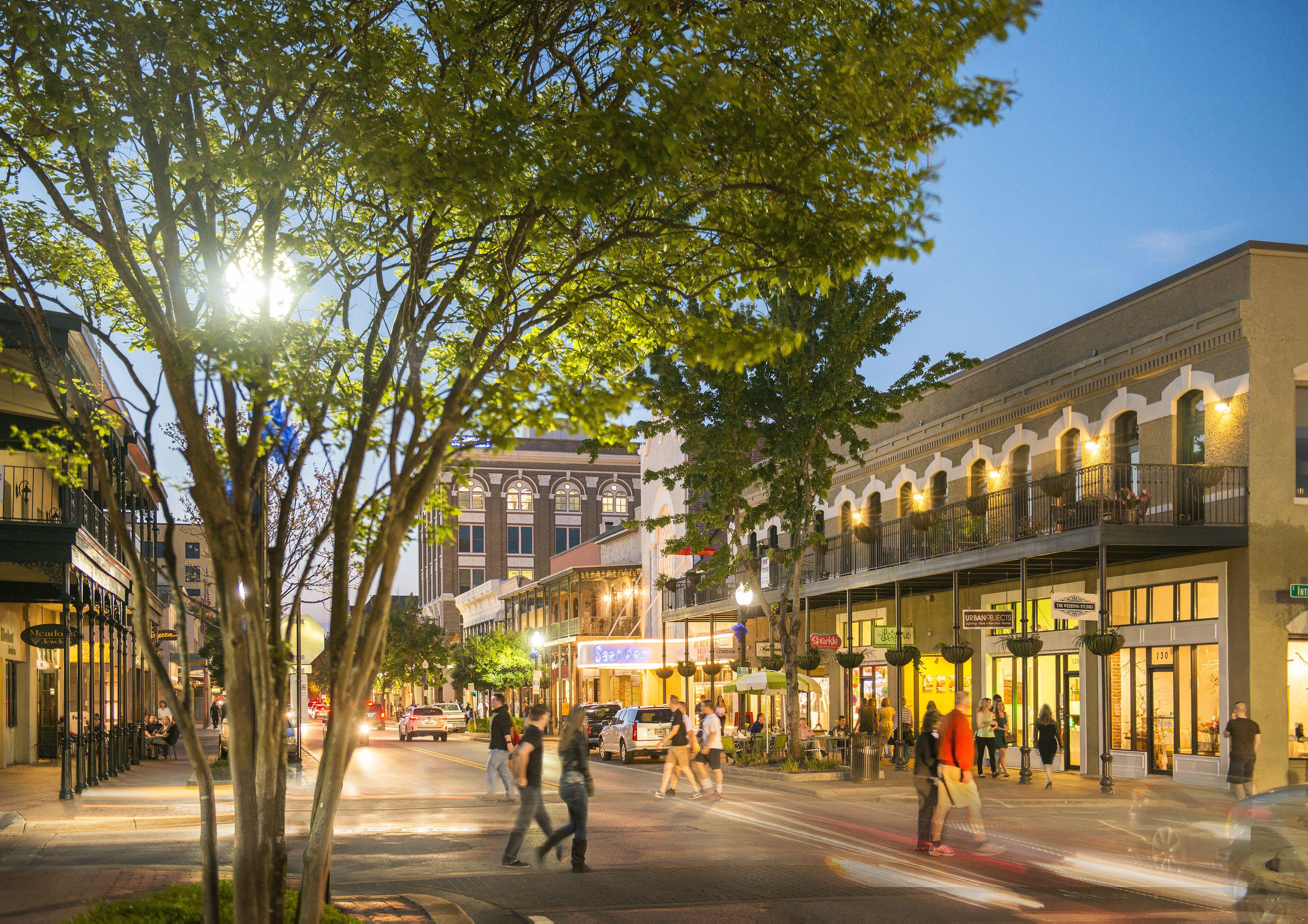 Palafox Street In Downtown Pensacola Florida Explorepcola