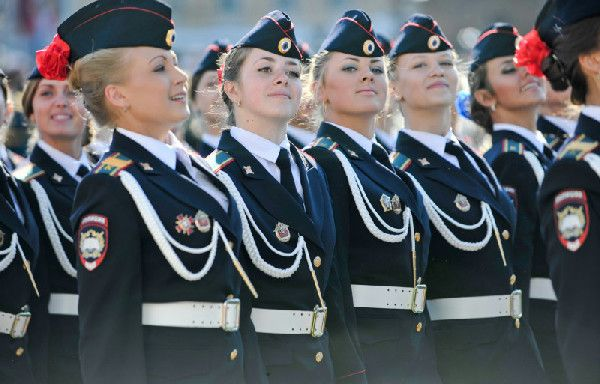 Russian Female Soldiers- Victory Parade | Women In Uniform | Pinterest ... | 600 x 384 jpeg 85kB