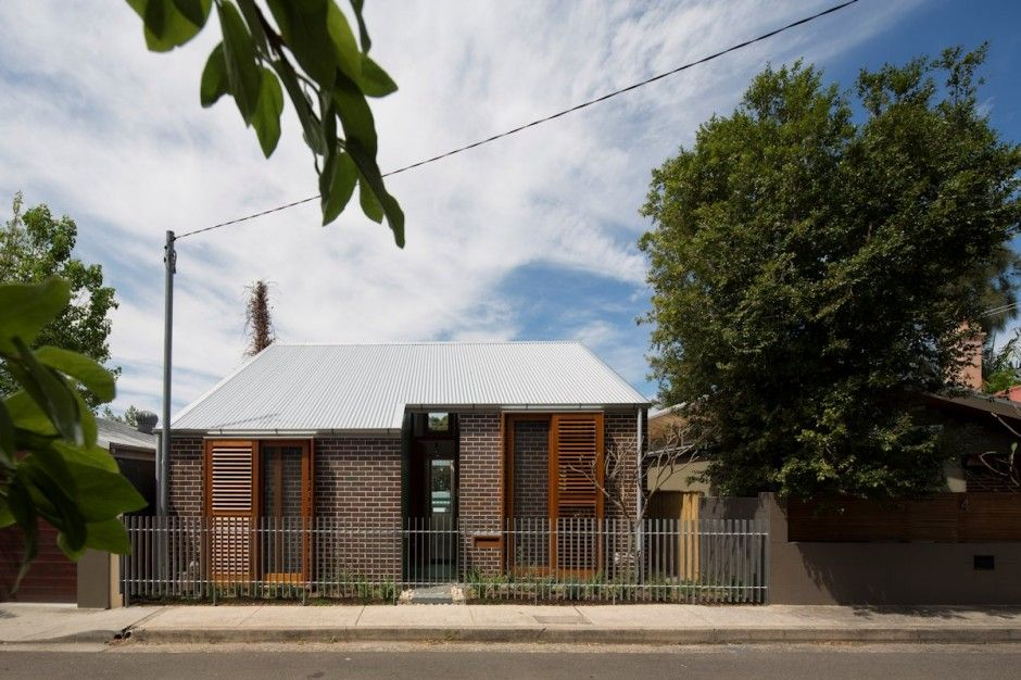 Two-Storey House Break Up in Two by means of Carterwilliamson