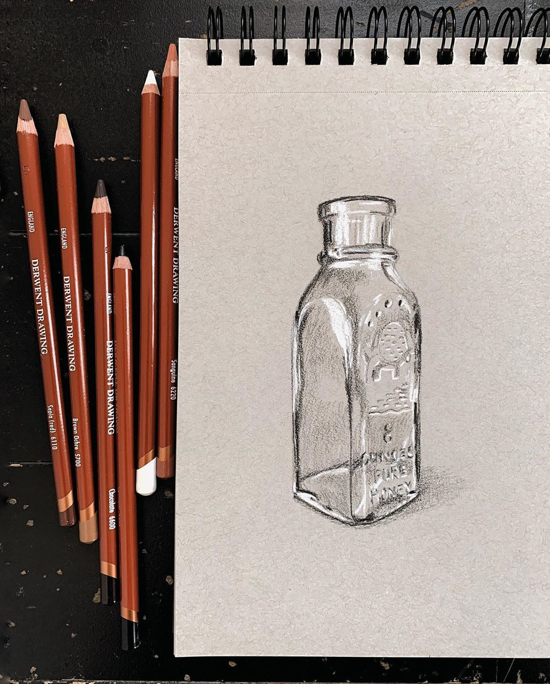 292 Me Gusta 0 Comentarios Emma Miller Fine Artist Emmamillerart En Instagram Sunday Sketch Of An Empty Glass Honey Honey Bottles Toned Paper Glass