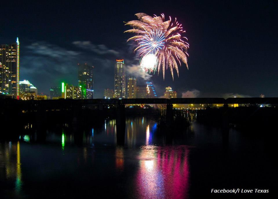 Fireworks, Austin Texas New years traditions, New years