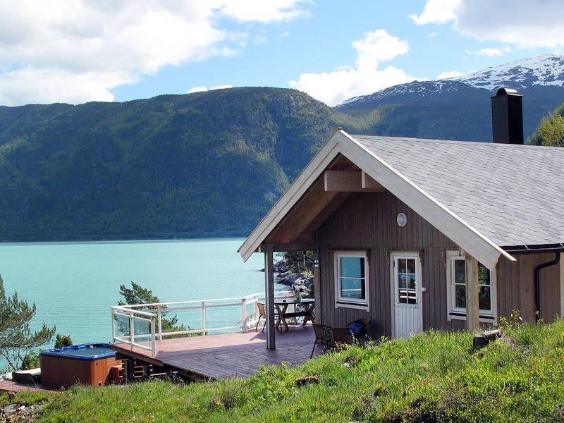 Ferienhaus Vik i Sogn mit Kamin für bis zu 6 Personen