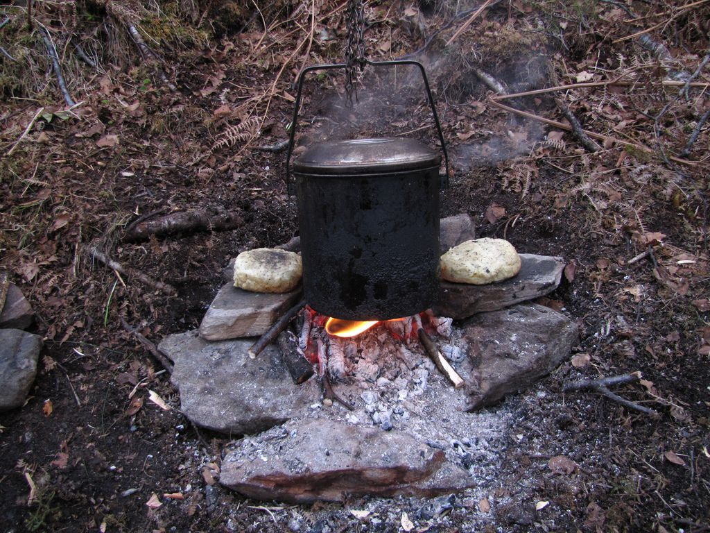 Billy can, fire and bannock (with cheese slices in) | Flickr - Photo Sharing!