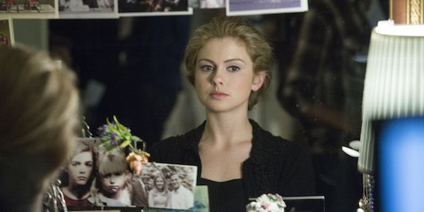 Petals On The Wind Sequels If There Be Thorns And Seeds Of Yesterday Are Coming To Lifetime Petal On The Wind Wind Movie Rose Mciver