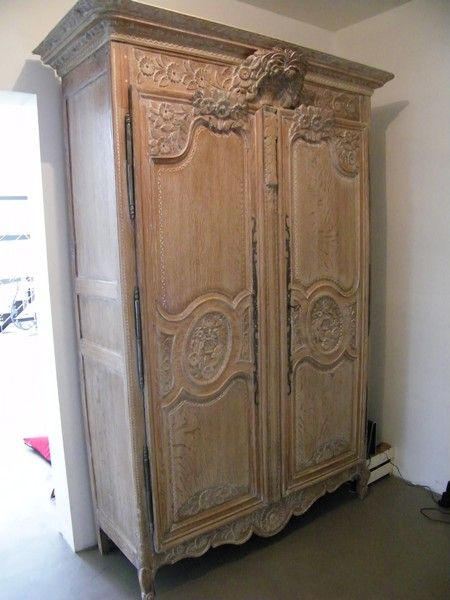 armoire normande cérusée antique curio cabinet in 2018 Pinterest - Decaper Un Meuble Vernis En Chene
