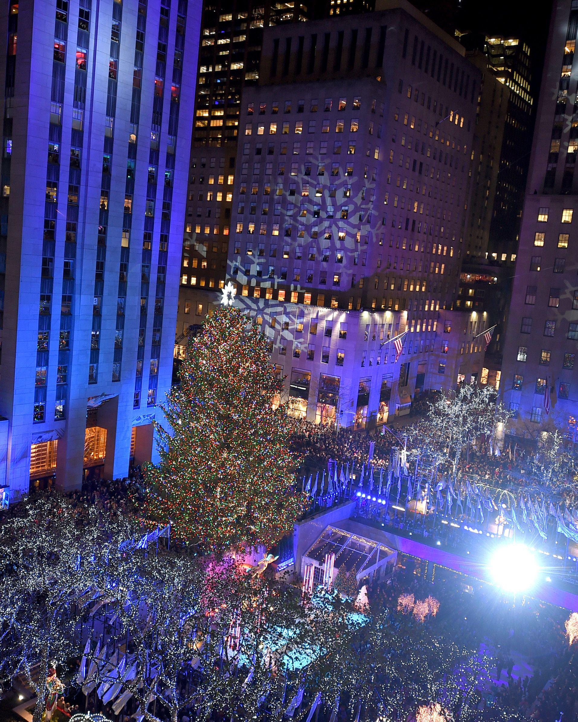 Rockefeller Center Christmas Tree Lighting Performers: 5 Facts About The Rockefeller Center Christmas Tree 2017