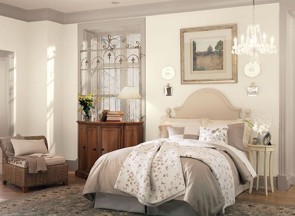 bedroom ideas inspiration bedrooms blush walls and airy bedroom. Black Bedroom Furniture Sets. Home Design Ideas