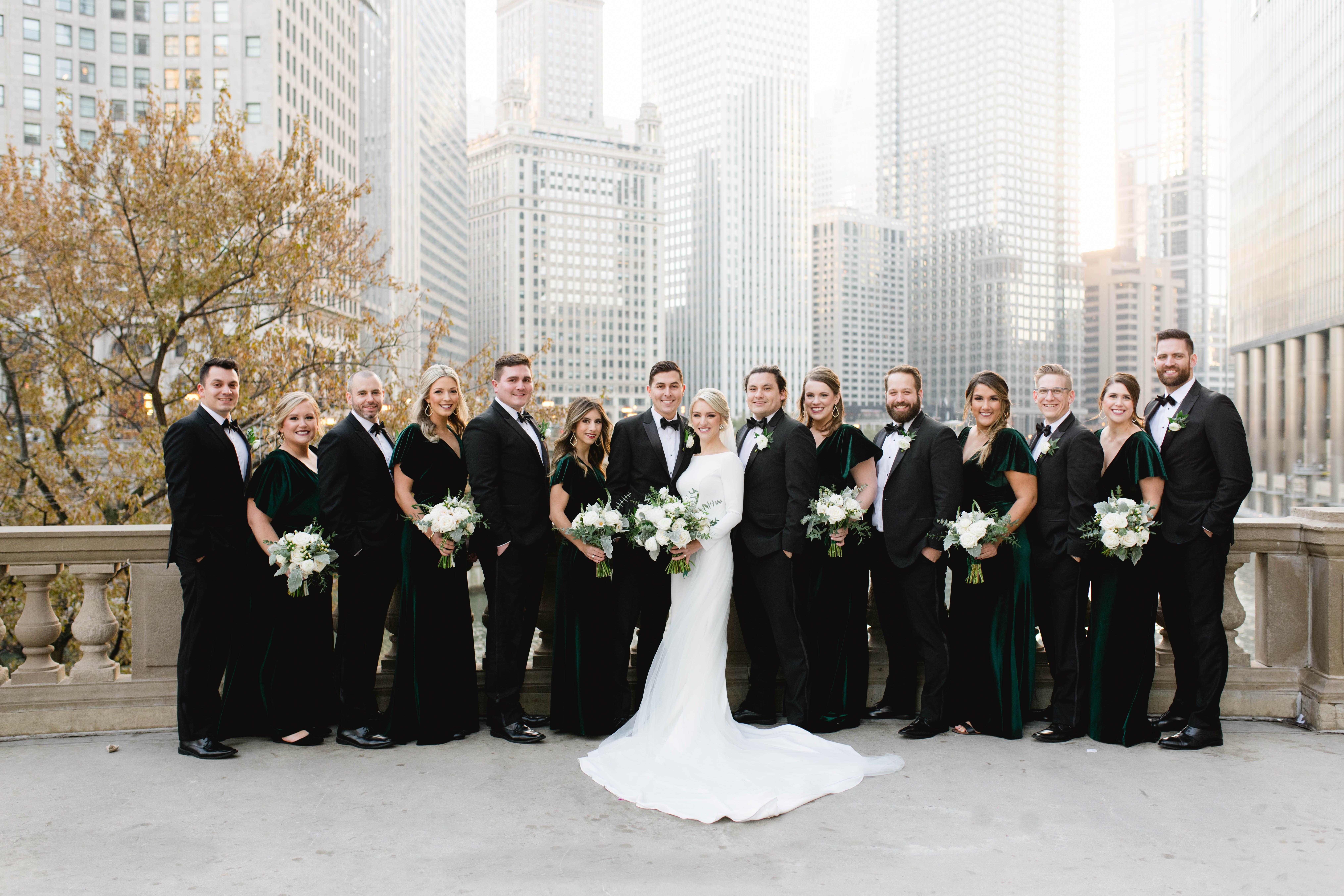 Timeless Downtown Chicago Wedding Chicago Illinois Niki Marie Photography In 2020 Chicago Wedding Wedding Wedding Classic