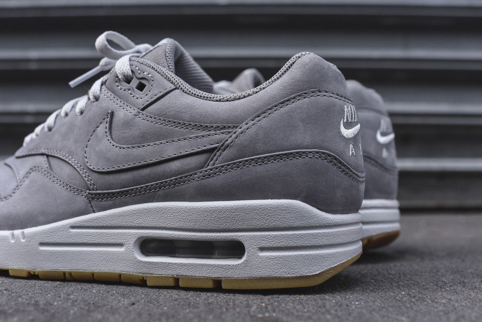 nike air max 1 london grey suede boots