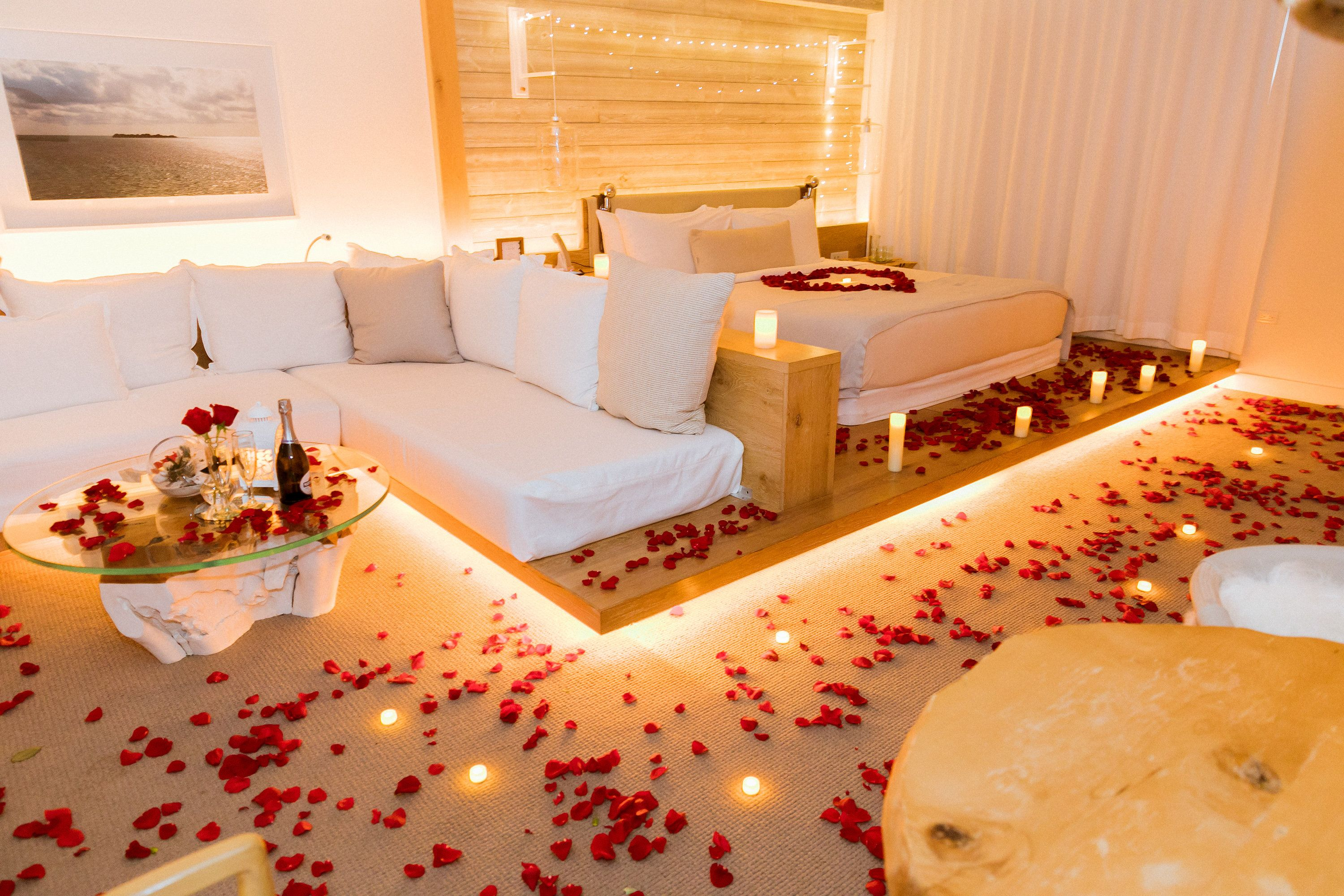The Romantic Hotel Room Decoration In 1 Hotel Miami Real Rose Petals Candles And Flowers Romantic Hotel Rooms Hotel Room Decoration Romantic Room Surprise