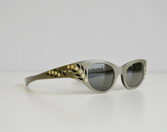 ec80811399f48 Vintage 1950s Sunglasses   50s May Grey Pearl Etched Wrap Around Sunglasses  Rhinestone Floral Flower Sunnies