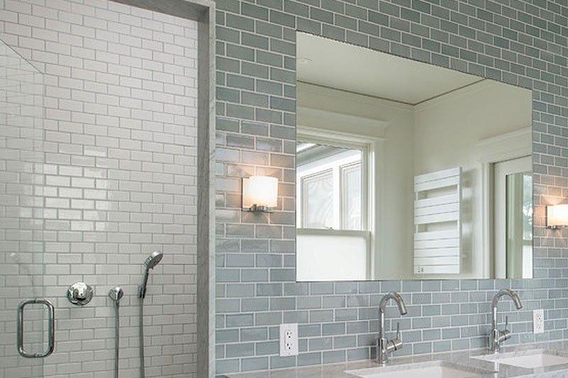 Crackle Glaze Duck Egg Subway Wall Tiles 7 5x15cm In 2020 Crackle Glaze Tiles Blue Bathroom Tile Wall Tiles