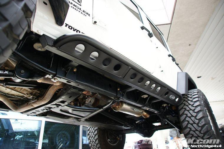 lod frame mounted rock sliders jkowners com jeep wrangler jk rh pinterest com