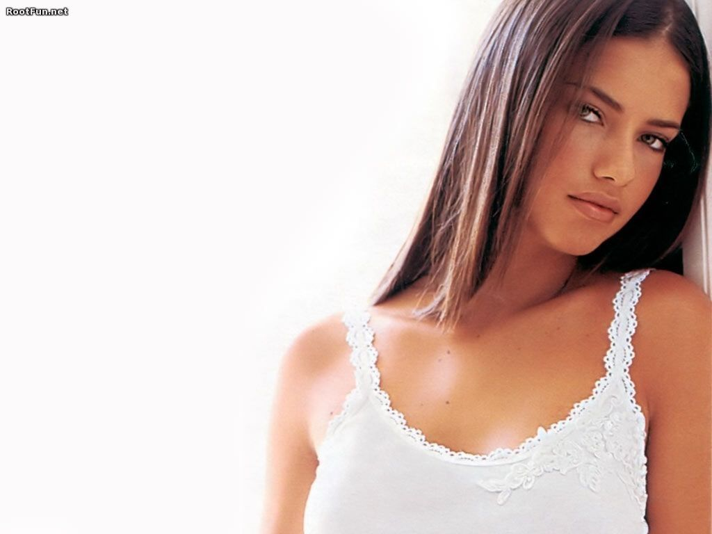Adriana lima without makeup adriana lima without makeup large msg adriana lima wallpapers for desktop best adriana lima wallpaper images voltagebd Images