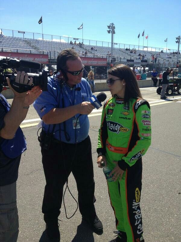8 10 13 danica speaks with mrn radio before qualifying at watkins rh pinterest ca