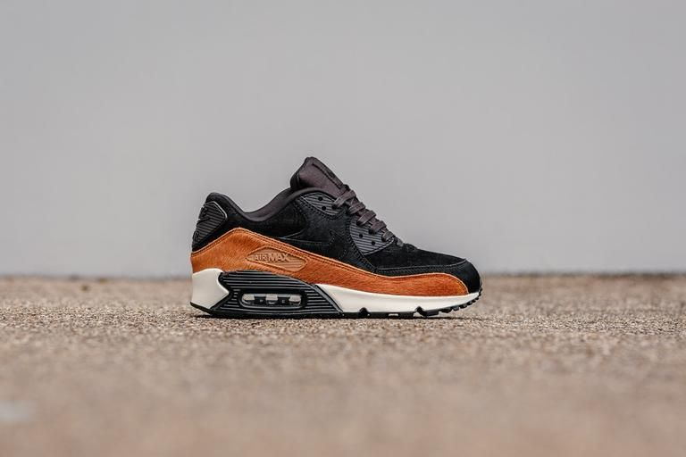 pretty nice 021e6 db978 Product Name  WMNS Nike Air Max 90 LX 898512-005 Specifications  Boasting a