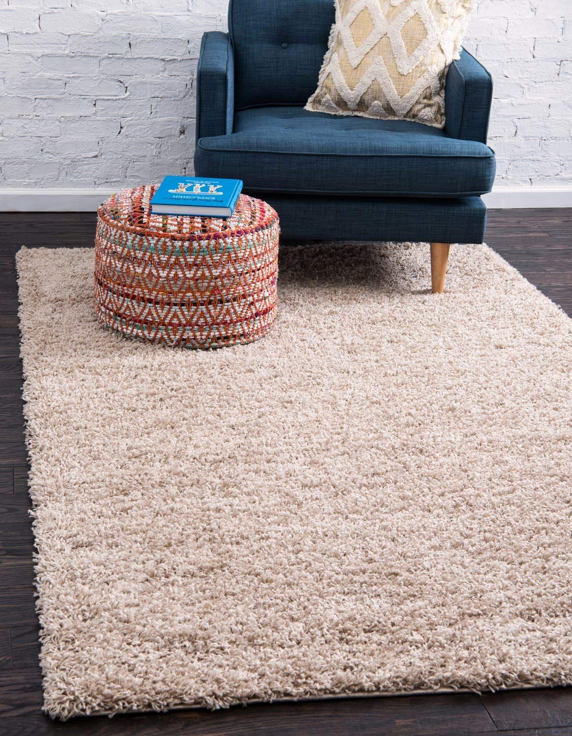 Unique Loom Solo Solid Shag Collection Modern Plush Taupe Area Rug 4 0 X 6 0 Click Image To Review More Det In 2020 Shag Area Rug Area Rugs Solid Color Area Rugs