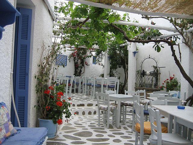 papagalos garden - greece