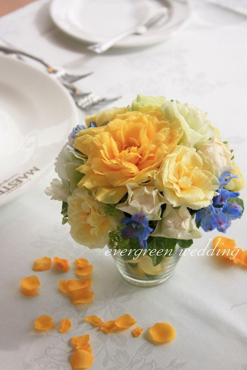 黄色×ブルーの夏の装花