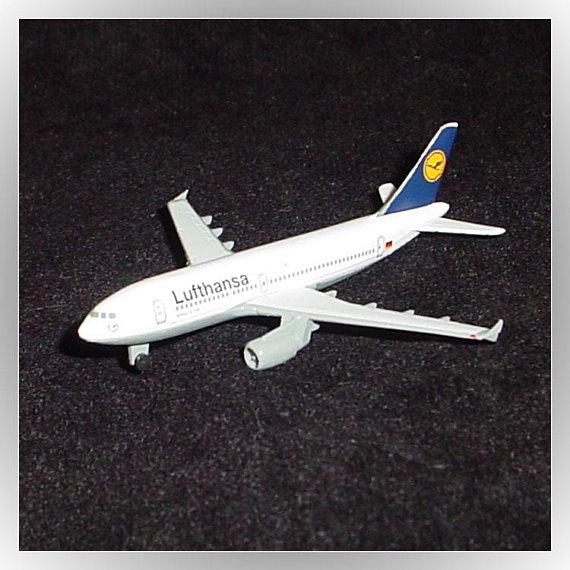 Lufthansa Airbus A310 Vintage Schabak 1:600 Scale Diecast Model