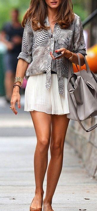 Pin di Rome   glamour su Shorts   light dresses summer  92aa00740e2