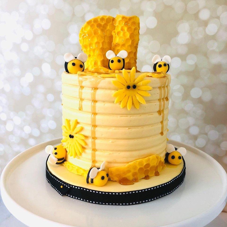 bumblebee smash cake -   17 drip cake Yellow ideas