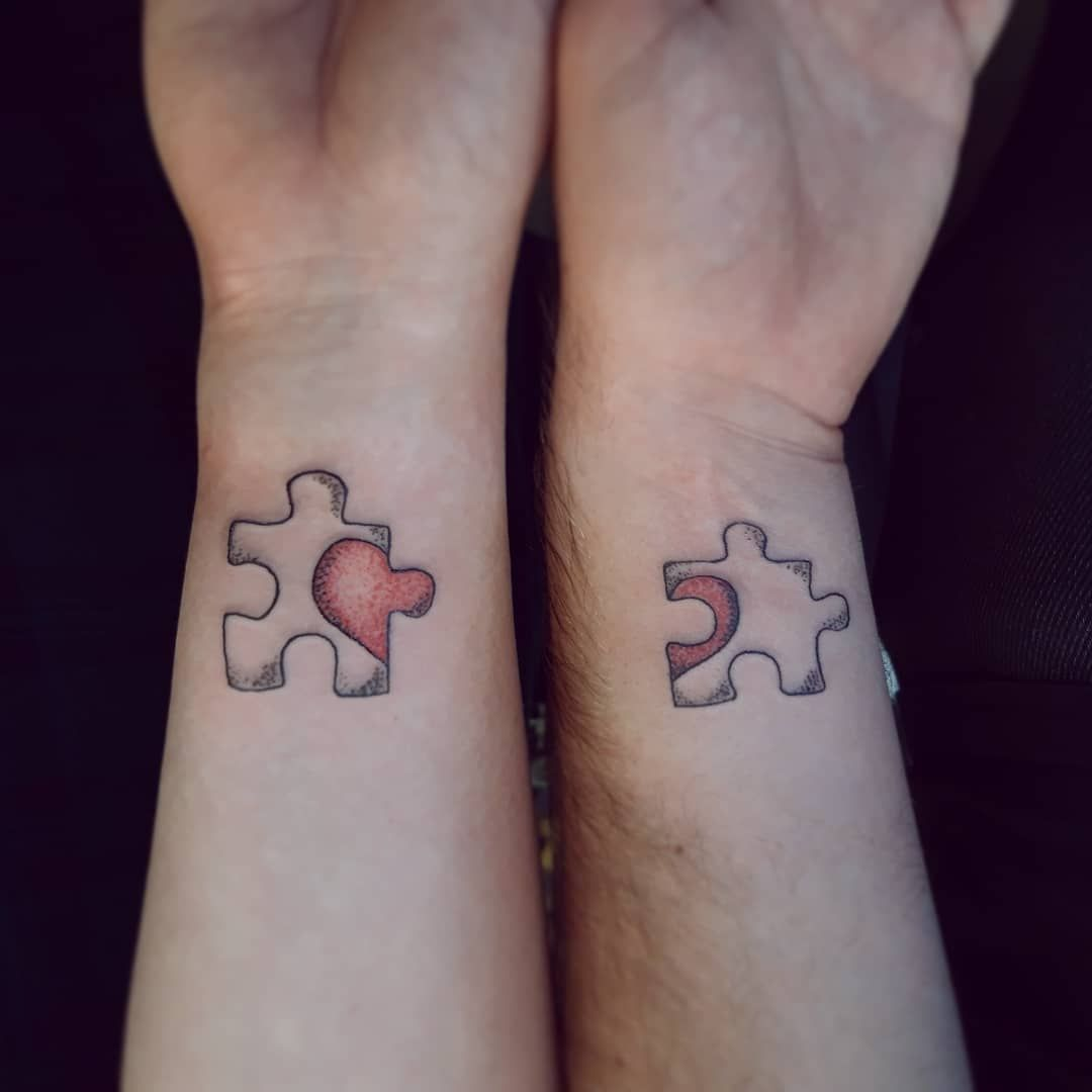 Puzzle Pieces From Yesterday Morning To Represent Their Bracelets Tattooworkers Uktta Line Cute Couple Tattoos Matching Couple Tattoos Matching Bff Tattoos