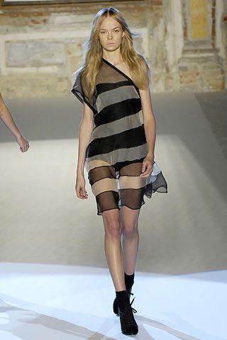 Anna Molinari Spring 2008 Ready-to-Wear Fashion Show - Siri Tollerød