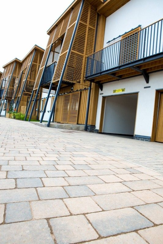 Hanson Formpave Has Supplied Over 2000m2 Of Paving To Barratt Homes Hanham Hall Development