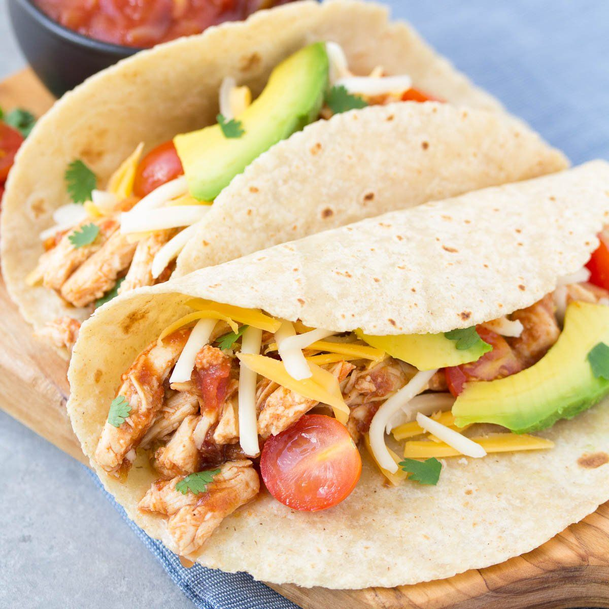 3 Ingredient Chicken Dinners: An Easy Recipe For 3-Ingredient Slow Cooker Taco Chicken