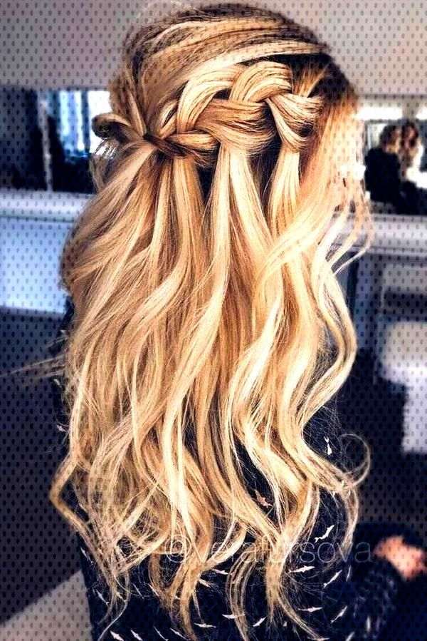 Excellent No Cost Half up half down hair wedding Thoughts With your big day, you should appear the