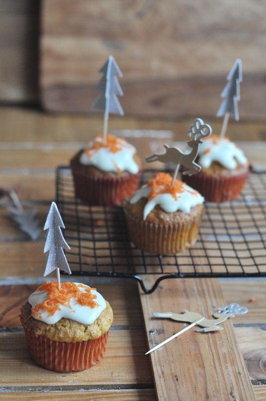 Babeczki marchewkowe ze śnieżnobiałą polewą | Make Cooking Easier