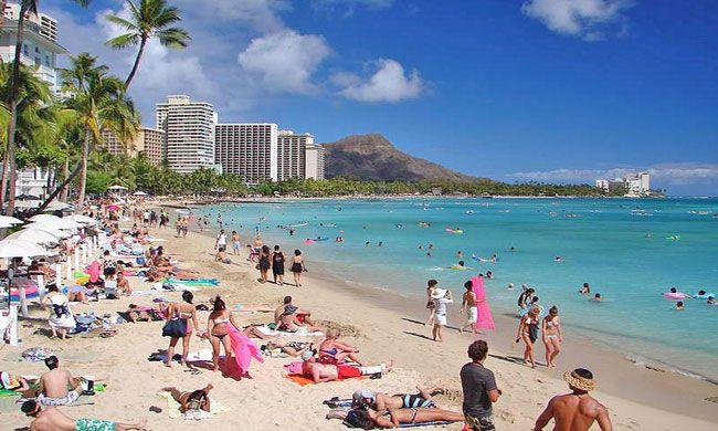 Waikiki Beach Hawaii Crowded But Worth It Calm And Warm