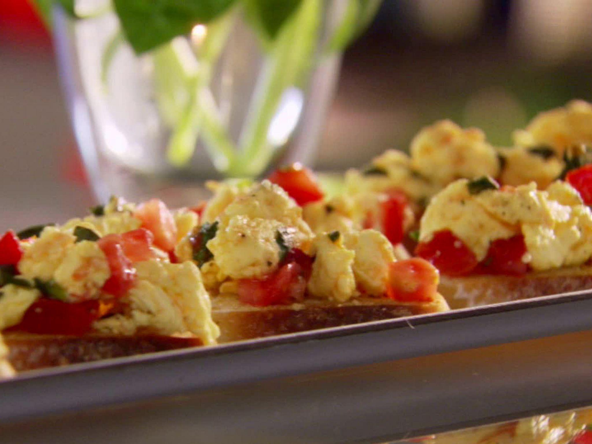 Breakfast Bruschetta recipe from Hungry Girl via Food Network