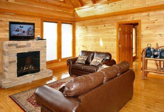 Log cabin rentals Gatlinburg at http://www.encompassvacations.com